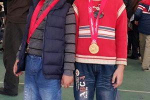 Tin vui! Tiểu học Trung Văn giành được huy chương vàng cấp Thành phố đầu tiên của giải cờ tướng học sinh thành phố 2015